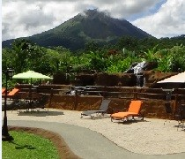 Volcano Lodge and Springs