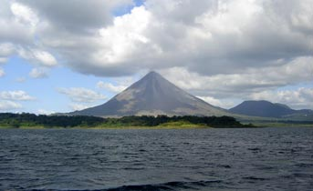 3 Days with the Arenal Volcano