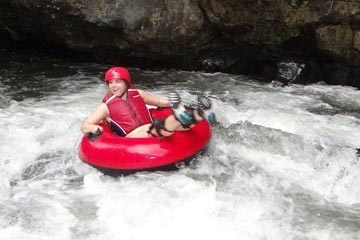 Arenal Tubing in La Fortuna